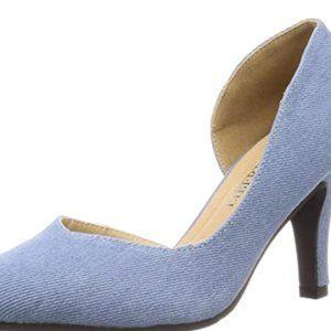 Side opening V cut leg shoes
